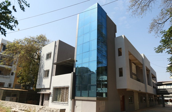 hostel-at-dhole-patil-road